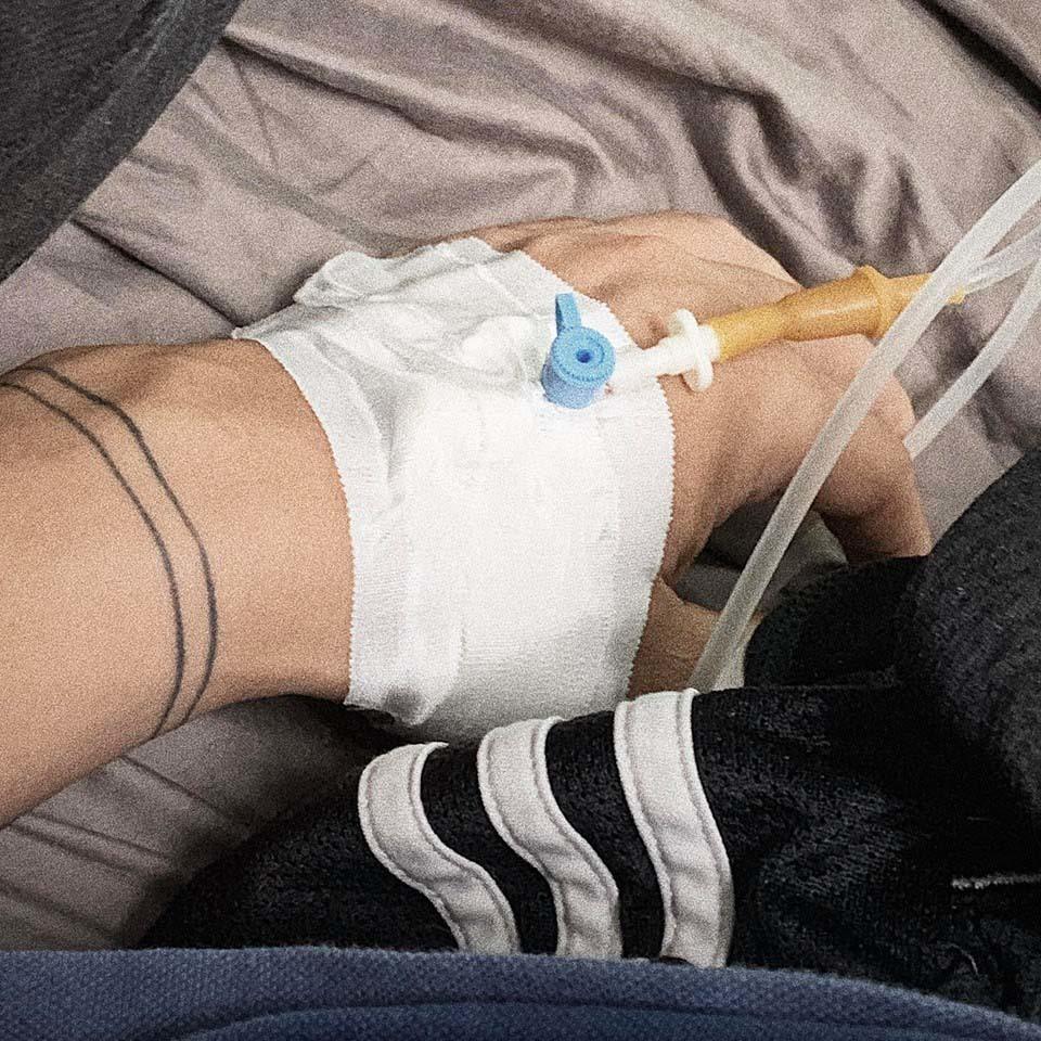 Ca sĩ Đại Nhân nhập viện vì tai biến mạch máu não