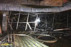 Dãy ki-ốt cháy dữ dội trong đêm, thiệt hại nhiều tỷ đồng