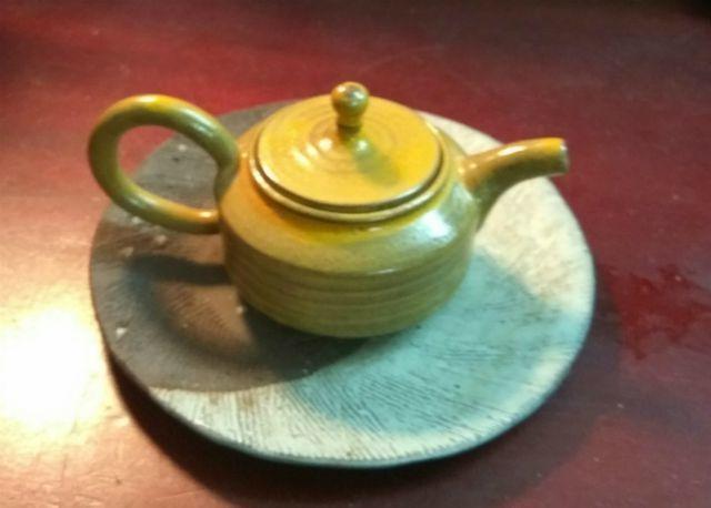 Bộ sưu tập ấm trà 'độc nhất vô nhị' ở VN, có chiếc nhỏ xíu mà giá cả trăm triệu