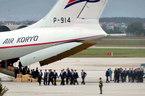 Đội tiền trạm cùng siêu xe của ông Kim Jong-un đến Hà Nội