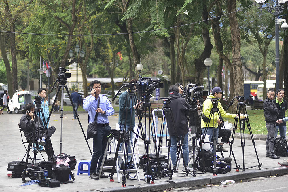 Phóng viên quốc tế được du lịch miễn phí Hà Nội, Hạ Long, Ninh Bình
