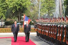 Lễ đón trọng thể Tổng bí thư, Chủ tịch nước tại thủ đô Vientiane