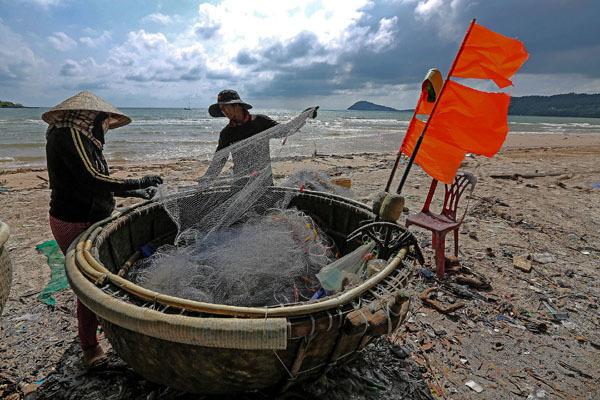 Việt Nam hùng cường,kinh tế kế hoạch hóa,Đổi mới,ngân sách nhà nước