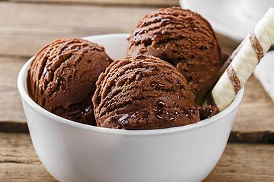 Bé gái 9 tuổi tử vong ngay sau khi ăn kem lạnh