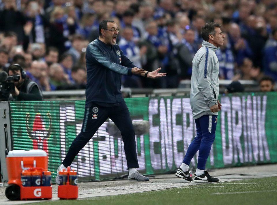 CĐV Chelsea 'nổi điên' đòi tống cổ Kepa ngay lập tức