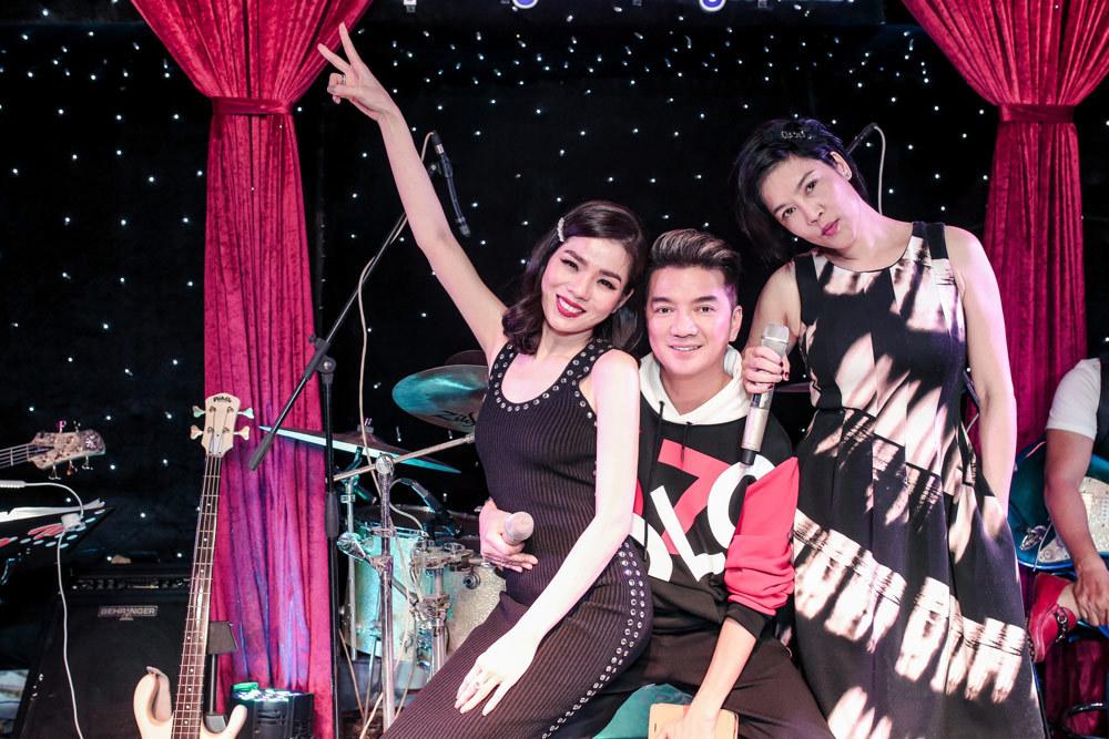 Lệ Quyên, Thu Phương, Mr Đàm thức cả đêm hát bên nhau