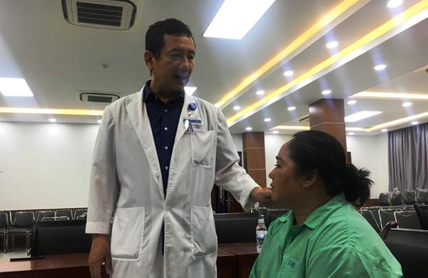 Chiếc xương vịt nằm trong đường thở suốt 10 tháng người phụ nữ Việt