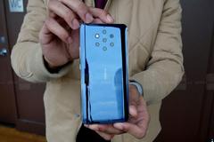 Trên tay điện thoại siêu chụp ảnh Nokia 9 Pureview với 5 camera sau
