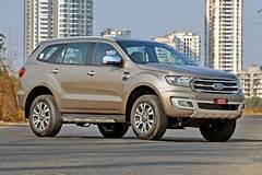 Giá 1 tỷ, xe SUV Ford nâng cấp đấu Toyota Fortuner như thế nào?
