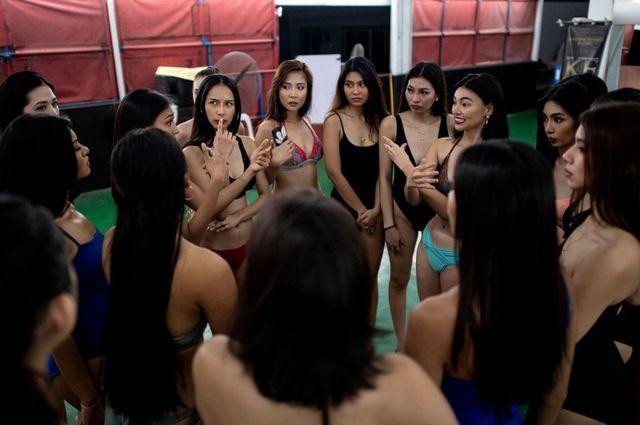 'Đột nhập' các lò luyện Hoa hậu ở Philippines