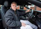 Mercedes-Benz quảng cáo ghế da nhưng hóa ra ghế 'nhựa'