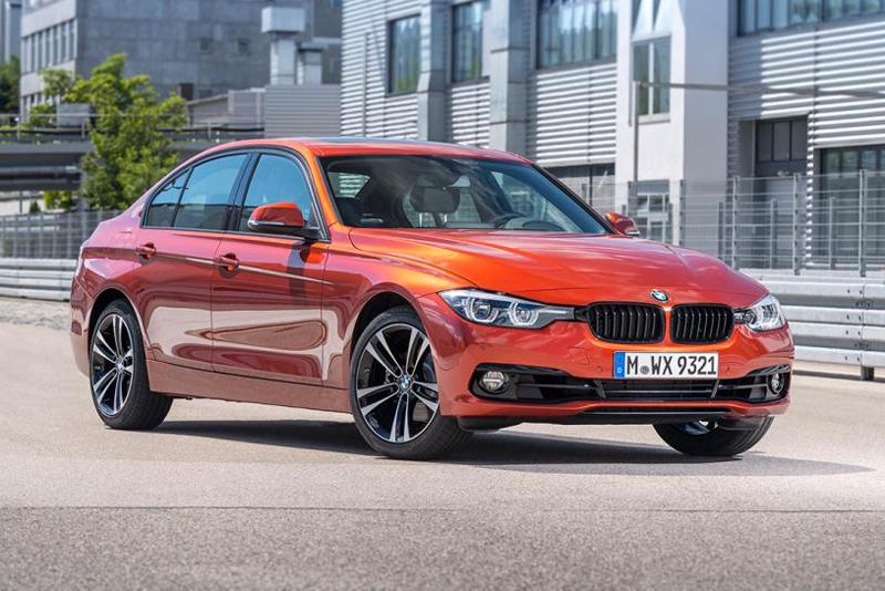 Hơn 1,5 tỷ, chọn Mercedes C-Class, BMW 3 Series hay Audi A4?