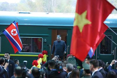 Ngày đầu tiên của Chủ tịch Kim Jong-un ở Việt Nam