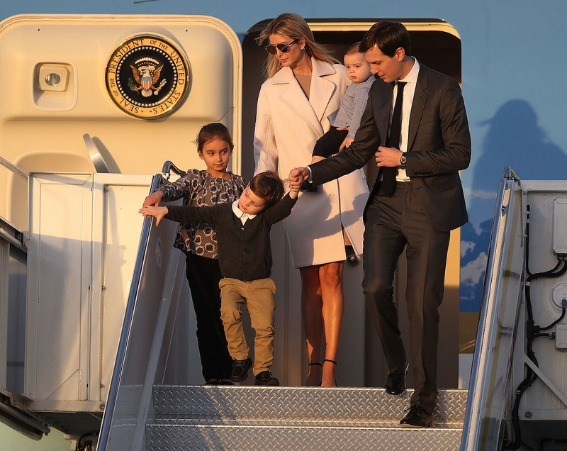 Nhan sắc nóng bỏng của cô con gái được Tổng thống Trump cưng chiều nhất