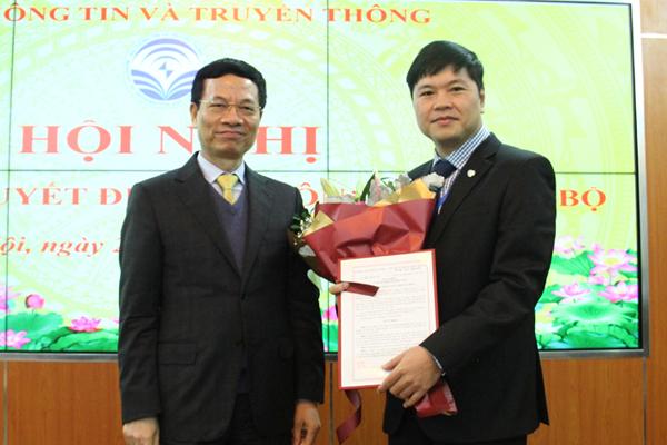 Bộ TT&TT,Bộ trưởng Nguyễn Mạnh Hùng