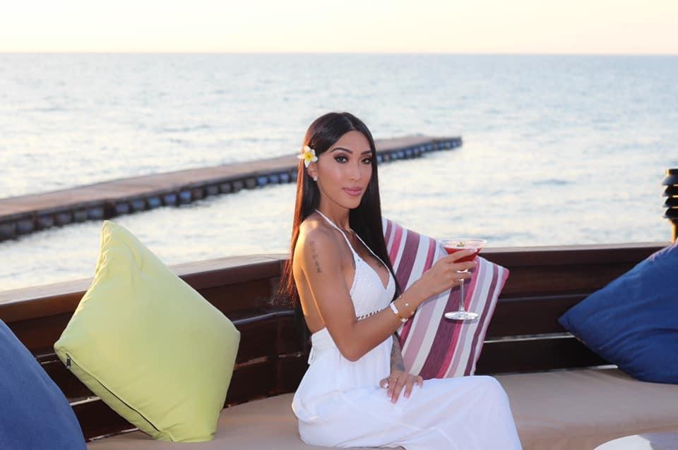 Người đẹp gốc Việt bốc lửa, chi chít hình xăm thi Hoa hậu chuyển giới