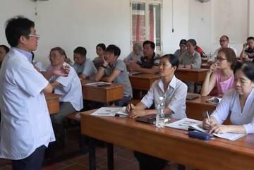 Những thầy thuốc U80 say mê đi học