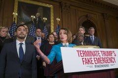 Hạ viện Mỹ bác lệnh khẩn cấp quốc gia của ông Trump