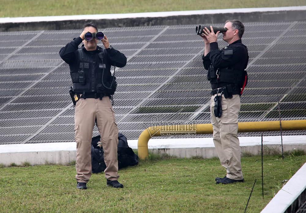 Lính bắn tỉa Mỹ kiểm soát điểm cao nơi ở của Tổng thống Trump