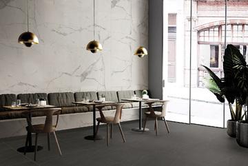 Không gian nhà đẹp với gạch vân đá gam màu tương phản
