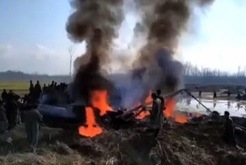 Pakistan bắn rơi máy bay Ấn Độ, không kích Kashmir