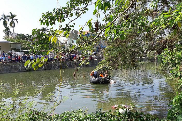 Sau va chạm giao thông, nam thanh niên nhảy sông chết đuối