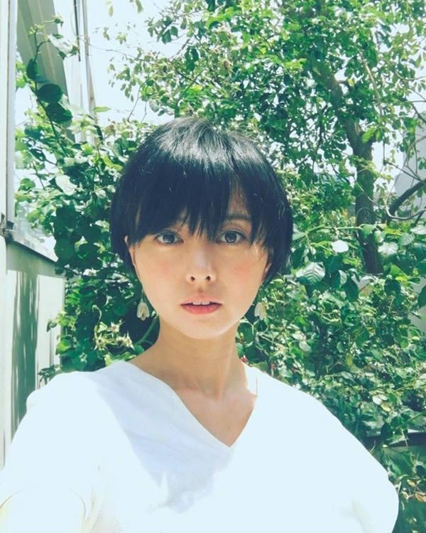 Vừa sinh con, nữ diễn viên nổi tiếng Nhật Bản lấy nhau thai nấu cho cả nhà Vua-sinh-con-nu-dien-vien-noi-tieng-nhat-ban-lay-nhau-thai-nau-cho-ca-nha-1