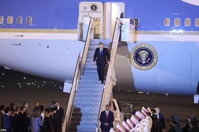 Chi tiết chiếc cặp hạt nhân theo chân ông Trump sang Việt Nam
