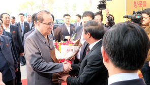 Phái đoàn Triều Tiên tham quan mô hình kinh tế tư nhân ở Việt Nam