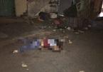 Dân chung cư Sài Gòn hoảng loạn phát hiện xác người dưới sân