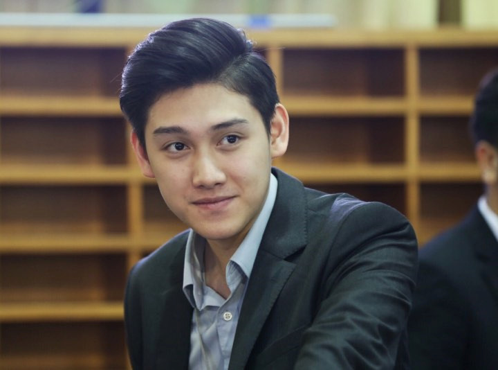 9X đẹp trai, cao 1,82 m phục vụ Hội nghị thượng đỉnh Mỹ - Triều