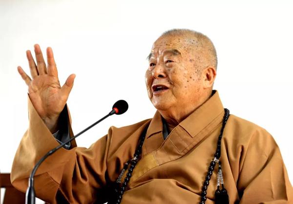 Đại sư 91 tuổi bị bệnh tiểu đường 51 năm vẫn khỏe mạnh nhờ 5 bí quyết nhỏ