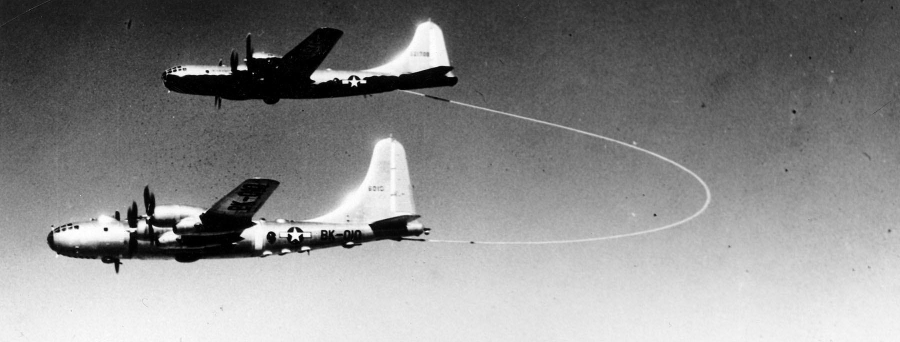 Ngày này năm xưa: Kỷ lục của oanh tạc cơ Mỹ