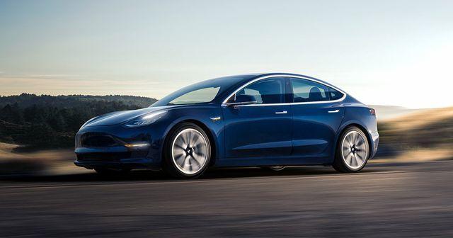 Xe Tesla giá 'mềm' chính thức bán ra thị trường