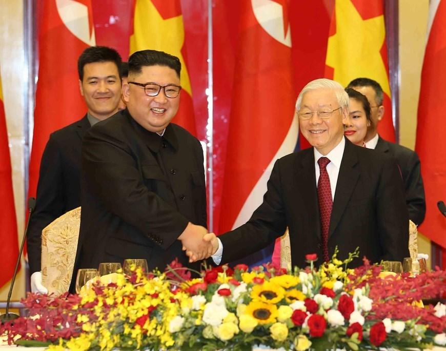 Tổng bí thư, Chủ tịch nước mở tiệc chiêu đãi Chủ tịch Kim Jong-un