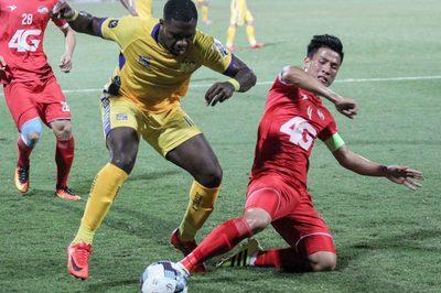 Bùi Tiến Dũng lập công, Viettel thắng trận đầu tiên ở V-League