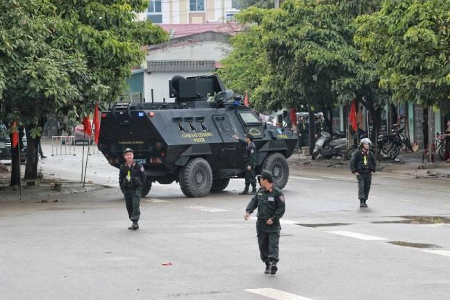 Xe bọc thép chốt ngã ba, an ninh thắt chặt tại ga Đồng Đăng