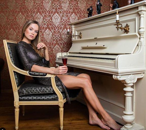 Nữ cảnh sát nóng bỏng giành giải Hoa hậu Đức 2019