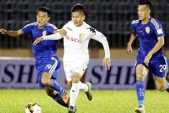 """Trọng tài """"mờ mắt"""", Hà Nội FC bị Quảng Nam cưa điểm"""