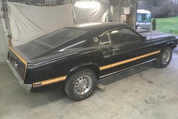 Hơn 50.000 USD cho chiếc Ford Mustang đời 1969 đắp chiếu gần 40 năm