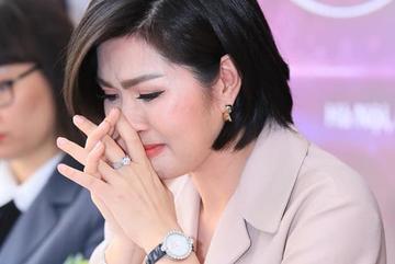 Nguyễn Hồng Nhung: Từng tự tử sau scandal ảnh nóng và day dứt vì con tự kỷ