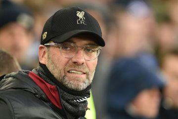 Liverpool vuột mất ngôi đầu, Jurgen Klopp đổ tại do... gió