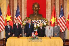 Nhà Trắng ca ngợi quan hệ thương mại Việt-Mỹ mang lại hàng tỷ đô