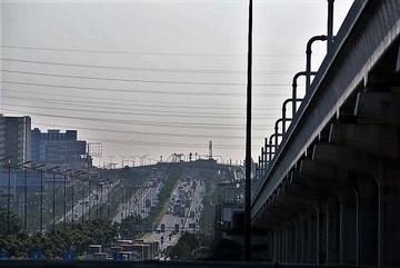 Lo khiếu kiện, TP.HCM xin Trung ương ứng 2.150 tỷ trả nợ metro số 1