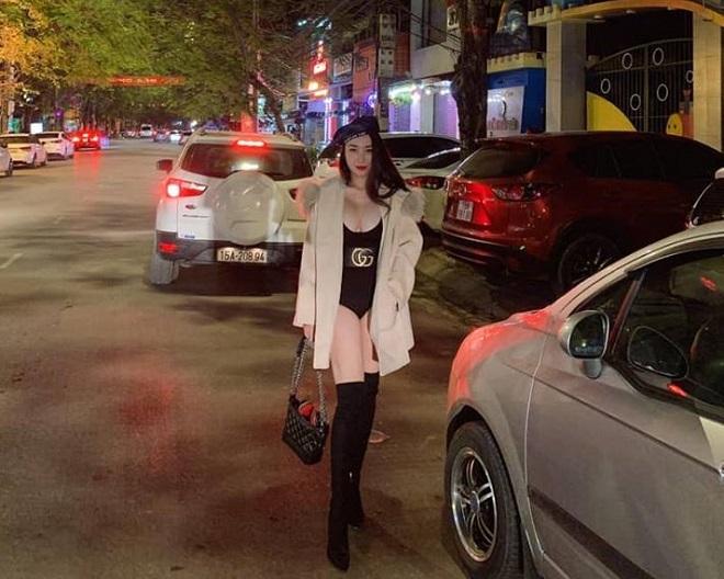 Vợ Khắc Việt kể nỗi phiền toái mua quần áo khó vừa vóc dáng phồn thực