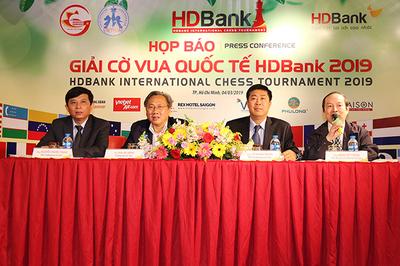Giải cờ vua quốc tế HDBank: Nửa tỷ đồng cho nhà vô địch