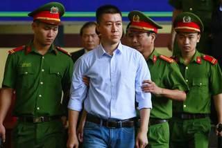 Hôm nay, phúc thẩm vụ đánh bạc nghìn tỷ, Phan Sào Nam lại hầu tòa