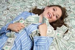 Món quà ngày 8/3: Quý bà bất ngờ trúng độc đắc 46 tỷ đồng