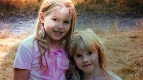 Hai bé gái sống sót trong rừng hoang gần 2 ngày