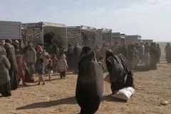 Hàng trăm tù nhân IS tháo chạy khỏi thành trì cuối cùng ở Syria